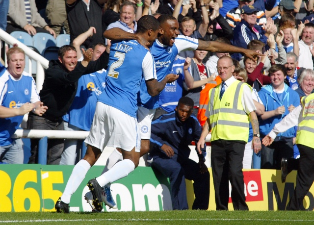 Emile sinclair celebrates his first goal - Peterborough United vs. Burnley - 17/09/11