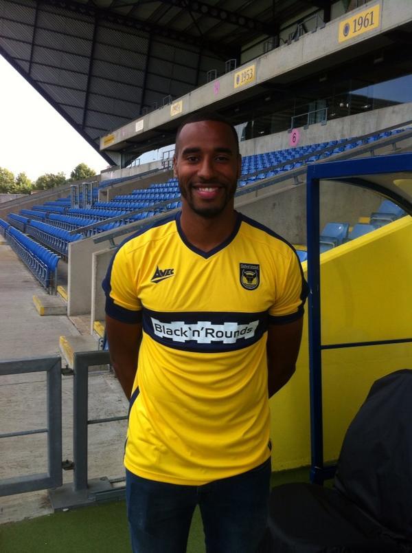 Tyrone Barnett joins Oxford on 93-day loan - 10-09-2014