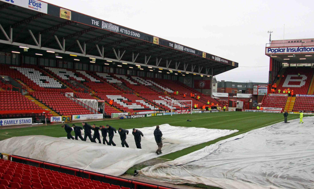 Covers coming off Ashton Gate pitch