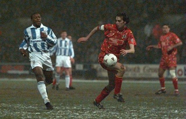 Gary Breen v Huddersfield Town - Feb-1996
