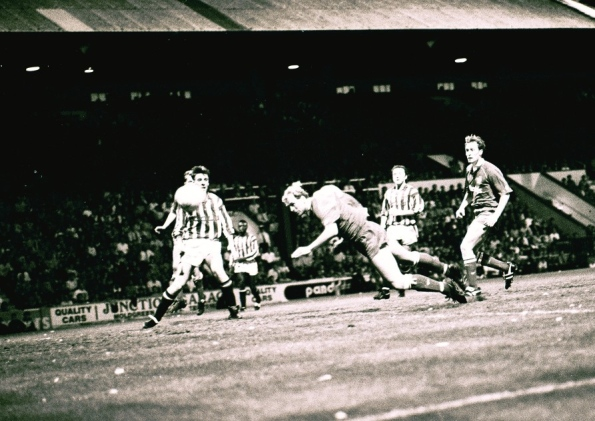 Steve Cooper - 1992 winning play-off header v Huddersfield Town