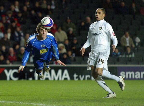 Chris Whelpdale diving header v MK Dons
