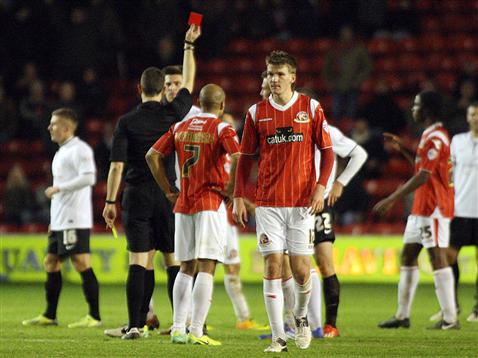 Shaun Brisley red card v Walsall