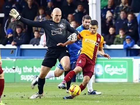 Bobby Olejnik v Bradford City