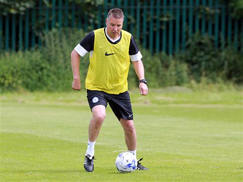 Pre-Season Day 1 afternoon session ball work - Darren Ferguson