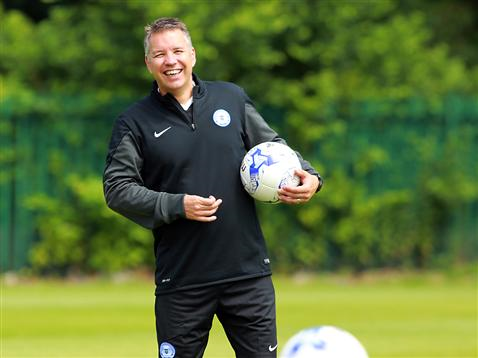 Pre-Season Day 1 afternoon session - Darren Ferguson