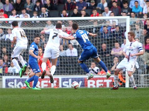 Tommy Rowe v MK Dons