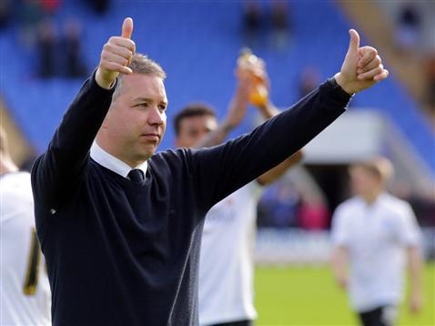Darren Ferguson thumbs up