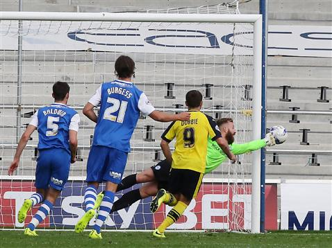 Ben Alnwick makes save v Fleetwood