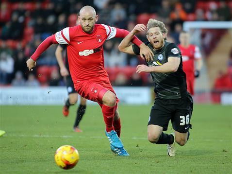 Craig Mackail-Smith v Leyton Orient 2