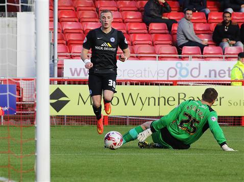 Marcus Maddison scores goal three v Crawley 2