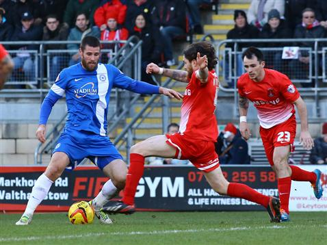 Michael Bostwick v Leyton Orient 4