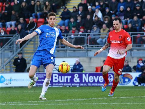 Shaun Brisley v Leyton Orient