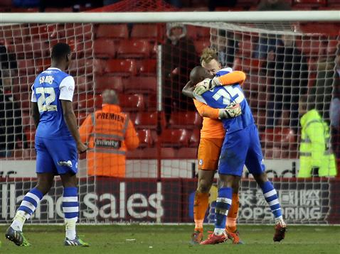 Gaby Zakuani and Ben Alnwick celebrate the win over Sheffield United