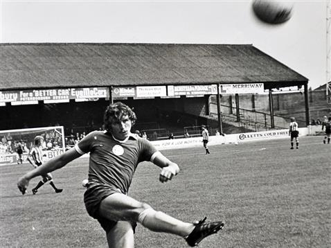 A young Chris Turner warming up pre-match
