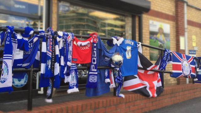 Chris Turner scarfs left in tribute