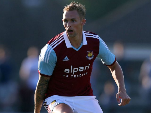 Jack Collison playing for West Ham United