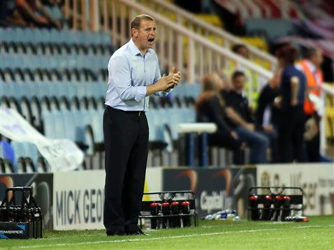 Dave Robertson v Crawley Town