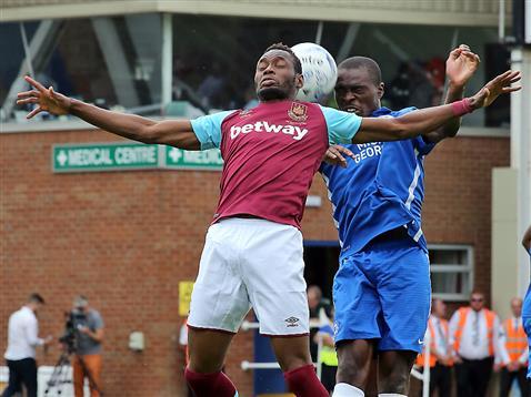 Gaby Zakuani v West Ham