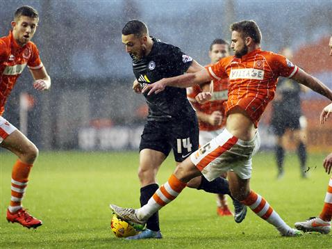 Conor Washington snuffed out again by the solid Blackpool defence