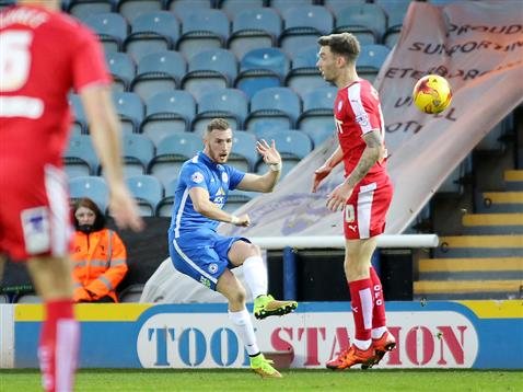 Marcus Maddison crosses for Conor Washington to nod home v Chesterfield