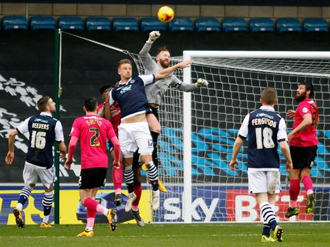 Ben Alnwick punches the ball clear v Millwall
