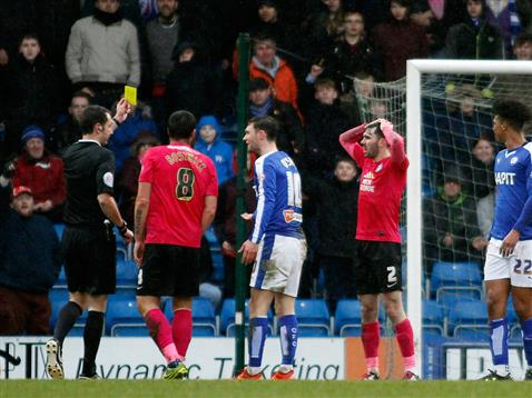 Referee David Coote shows Michael Smith a second yellow card v Chesterfield