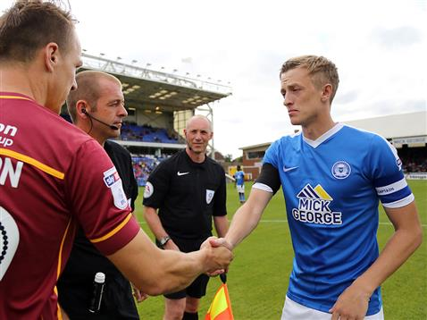 Referee Darren Handley with Chris Forrester and the Bradford captain