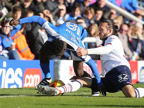 bolton-get-to-grips-with-leo-da-silva-lopes