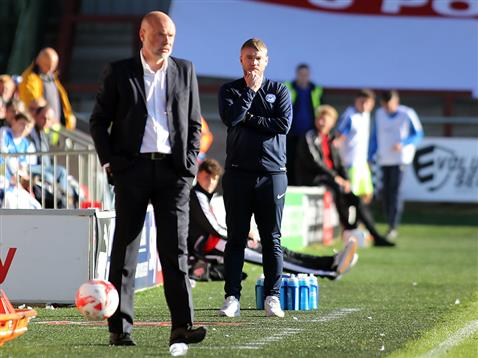 grant-mccann-and-fleetwood-manager-uwe-rosler