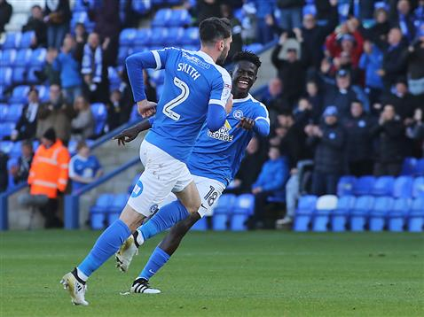 leo-da-silva-lopes-celebrates-with-michael-smith-v-bolton