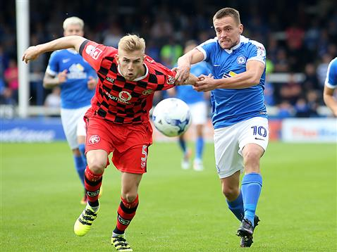 paul-taylor-gets-to-grips-with-walsall