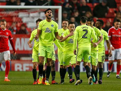 ryan-tafazolli-celebrates-with-his-teamates-v-charlton-17-12-2016
